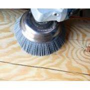 Шлифовка полировка текстурирование (старение) бревенчатых стен. фото