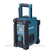 Makita BMR 100 Аккумуляторное радио фотография