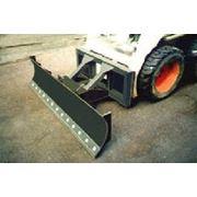 Бульдозерное оборудование для мини погрузчиков BobCat фото