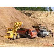Бетон, песок, щебень, торф, земля фото