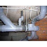 Профессиональный монтаж систем канализации фото