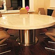 Столы из акрила фото