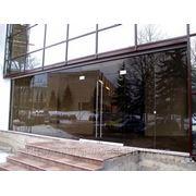 Фасад из строительного стекла