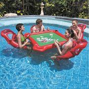 Надувной набор для игры в покер на воде (в комплекте: надувной стол, 4-е надувных кресла, колода водостойких карт, 200-и фишек) (подарочная упаковка) фото
