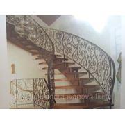 Кованное лестничное ограждение ажурное фото