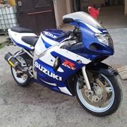 Мотоцикл спортбайк SUZUKI GSX-R 600 фото