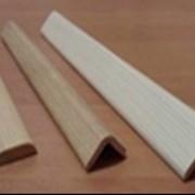 Уголки нащельник. Уголки деревянные фото