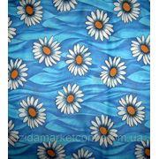 Ткань постельная Большая Ромашка С Желтой Серединкой На синем фото