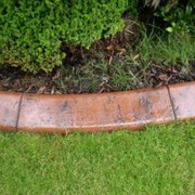 Гибкий бетонный бордюр фото