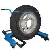 Тележка П-254 для снятия колес грузовых автомобилей фото