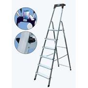 Лестницы алюминиевые переносные для ремонтно-строительных работ фото