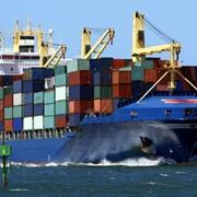 Международные перевозки в морских контейнерах фото