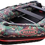 Мощная! моторная лодка с надувным килем Вулкан VMK285(PS) камо фото
