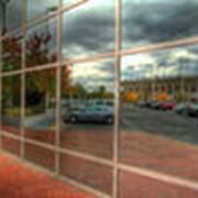 Светотеплоотражающее рефлектное строительное стекло фото