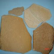 Песчаник неокантованный желтый 1,5-2см фото