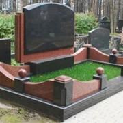 Гранит Мансуровский светло-зеленый термообработанный 50 мм фото