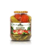 Ассорти томаты и огурцы фото