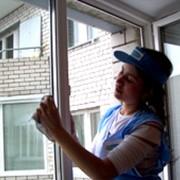 Мытье окон и витрин фото