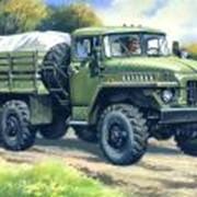 Модели военной техники масштабные. Армейский грузовой автомобиль. фото