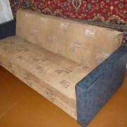 Вывоз и утилизация старого дивана фото