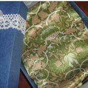 Женский шелковый шейный платок фото