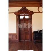 Дверцы, двери, окна, двери, перегородки, стройматериалы. фото
