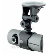 Автомобильный видеорегистратор INTRO VR-711 GPS