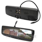 Автомобильный видеорегистратор в зеркале заднего вида с подсветкой и поддержкой камеры заднего вида фото