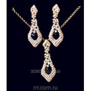 Очень яркий набор украшений, серьги с подвеской усыпанные кристаллами. 58 фото