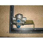 Клапан ускорительный 3527-00011 тормозной.ZK6737 фото