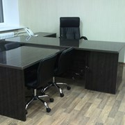 Стол руководителя офисный фото