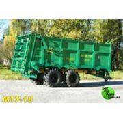Машина для внесения твердых органических удобрений МТУ-18 фото