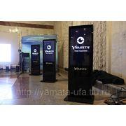 Рекламные видео стойки в москве фото