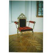 Кресло с низкой спинкой фото