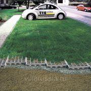 Экопарковка – автостоянка может быть экологичной. фотография