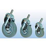 Поворотные, болтовое крепление: Колеса для тележек полуэластичная серая резина фото