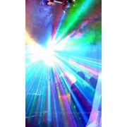 Многолучевой LED прожектор центрального света фото