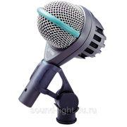 AKG D112 профессиональный инструментальный динамический кардиоидный микрофон с большой диафрагмой фото