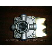 Клапан двухсекционный тормозного контура (алюминий) фото