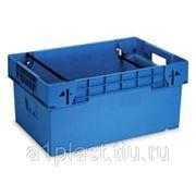 Пластиковый ящик с трехступенчатыми дугами фото