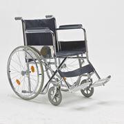 Кресло-коляска для инвалидов FS871 фото
