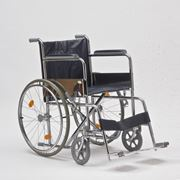 Кресло-коляска для инвалидов FS809B фото
