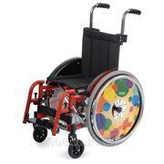 Лёгкая складная специальная инвалидная коляска KID 2 фото