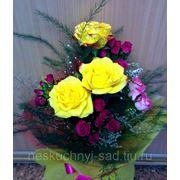 """Букет с одиночными и кустовыми розами """"С Днем рождения!"""" фото"""