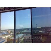 Тонирование и бронирование окон, витрин, балконов. фото