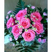 """Букет из 7 розовых роз """"Васильки, ромашки и немного маков, трепетность желаний и капризов снов..."""" фото"""