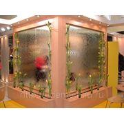 Водопад по стеклу фото