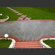 Укладка тротуарной плитки в Чехове цены фото