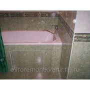Укладка кафельной плитки в ванных и санузлах. фото