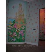 Росписть стен детских комнат фото